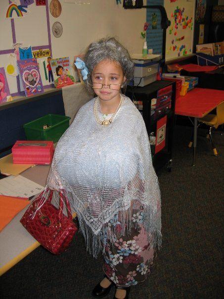 Old lady costume kindergarten, hahahahahahaha - Halloween Old Lady Costumes! Halloween Costumes Pinterest