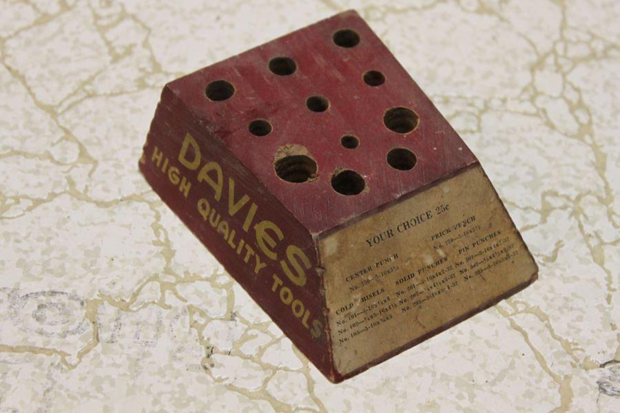 DAVIES High Quality Tools Mercantile Display Piece