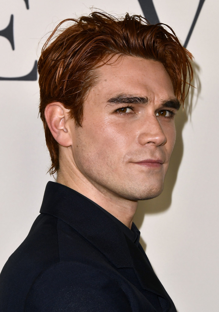 "KJ Apa Photos Photos: Premiere Of Lionsgate's ""I Still Believe"" - Arrivals"