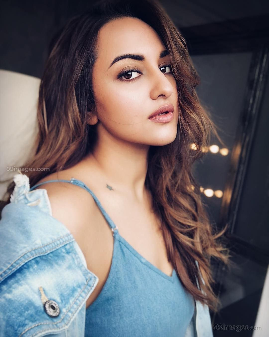 Sonakshi Sinha Beautiful Hd Photos Mobile Wallpapers Hd Android