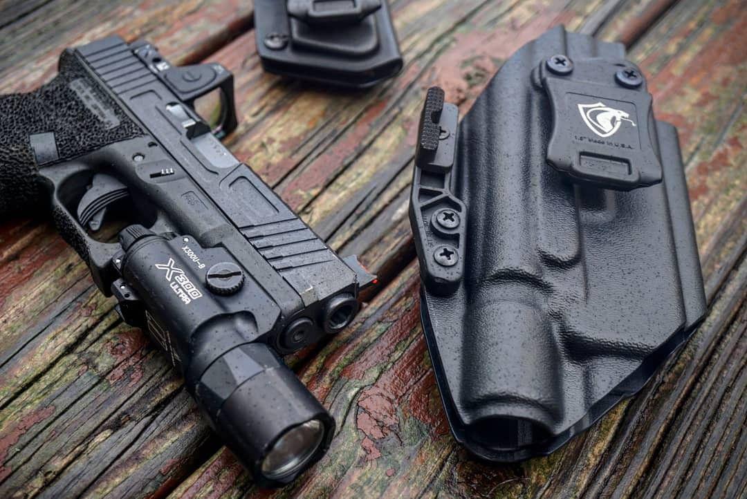 Glock Conceal-Brite X300U-B (IWB Holster) #kydexholster