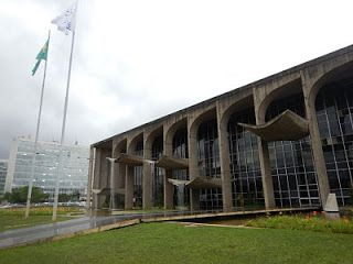 Palácio da Justiça #viajarcorrendo #brasília #bsb #turismo #viagem #torredetv #congresso #palaciodoplanalto
