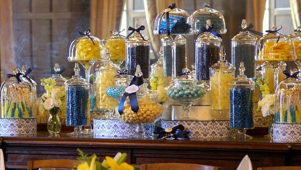 Pleasant Midnight Blue And Yellow Candy Buffet By The Couture Candy Download Free Architecture Designs Embacsunscenecom