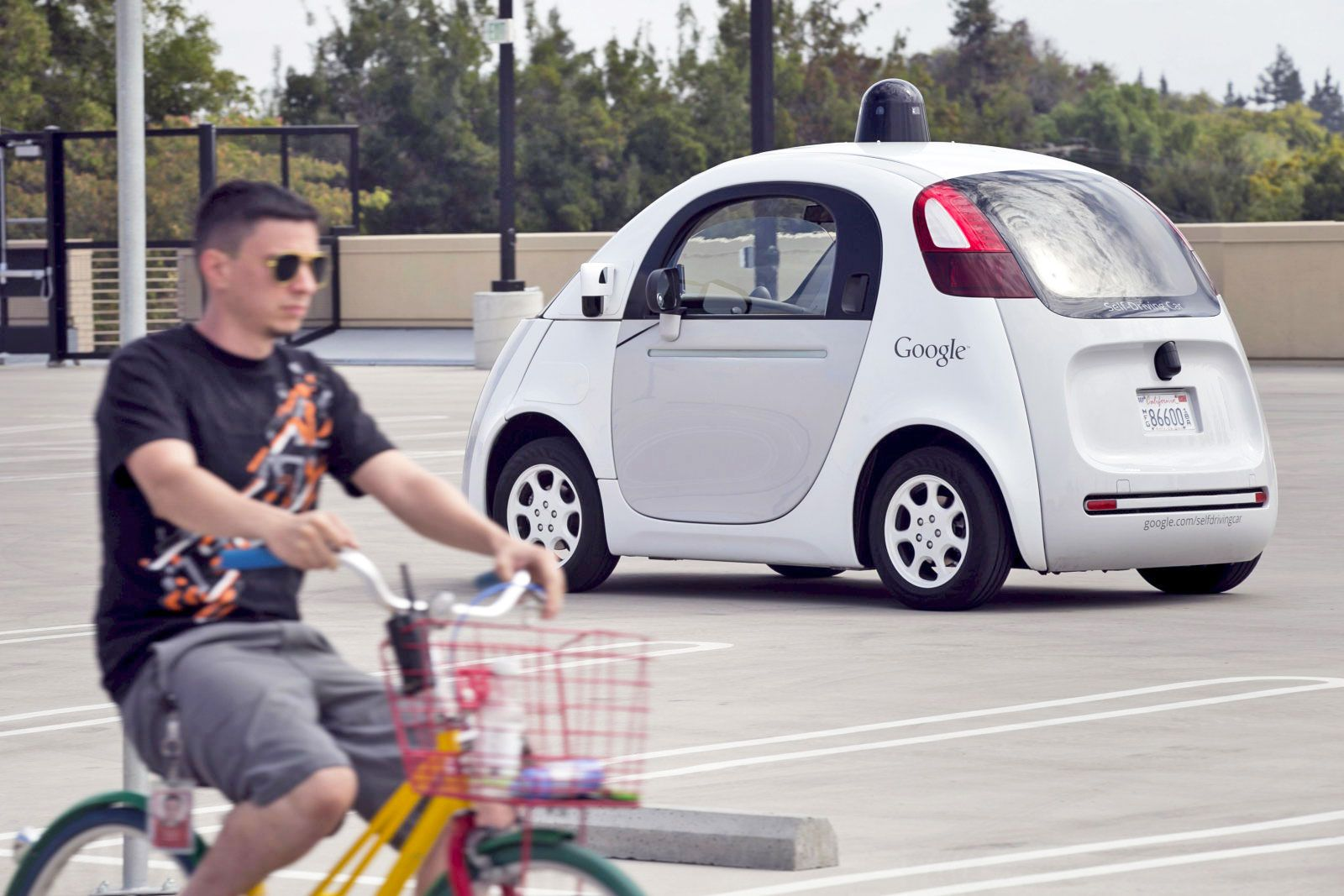 Google's selfdriving cars can read cyclists' hand signals