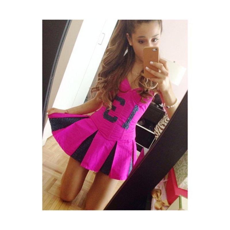 ariana grande instagram all gif | Ariana Grande Twitter ...