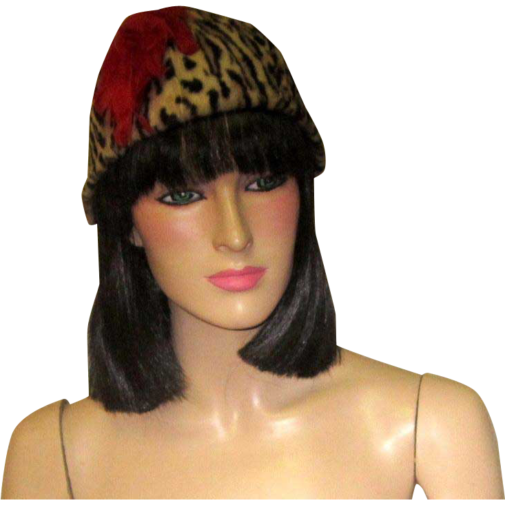 e76b2e4deb9ef 1950 s Faux Leopard Print Hat Chapeau with Red Feathers