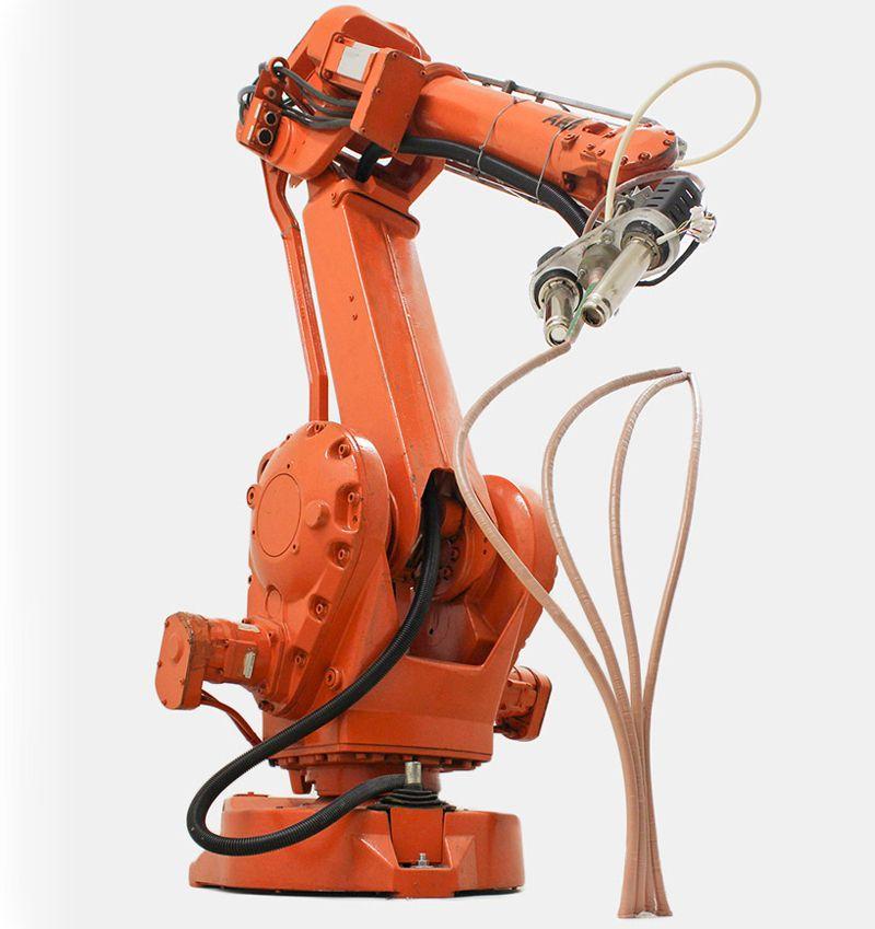 La impresora 3D Mataerial anti gravedad. Utiliza Polímeros Termoestables en lugar de Termoplásticos