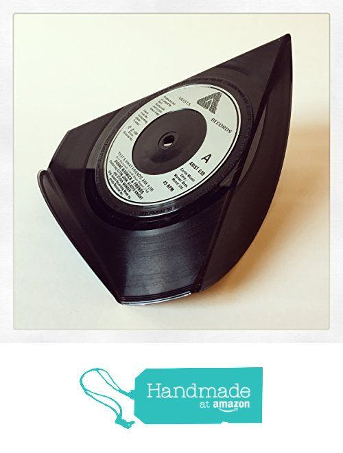 Upcycled Vinyl 7 Single Phone Stand That S What Friends Are For Dionne Warwick And Friends From Fancy Tat Https Www Amazon C Vinyl Phone Stand Upcycle