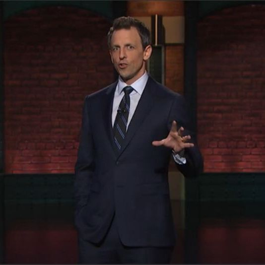 Late Night with Seth Meyers-Midnight navy suit-white shirt-black ...