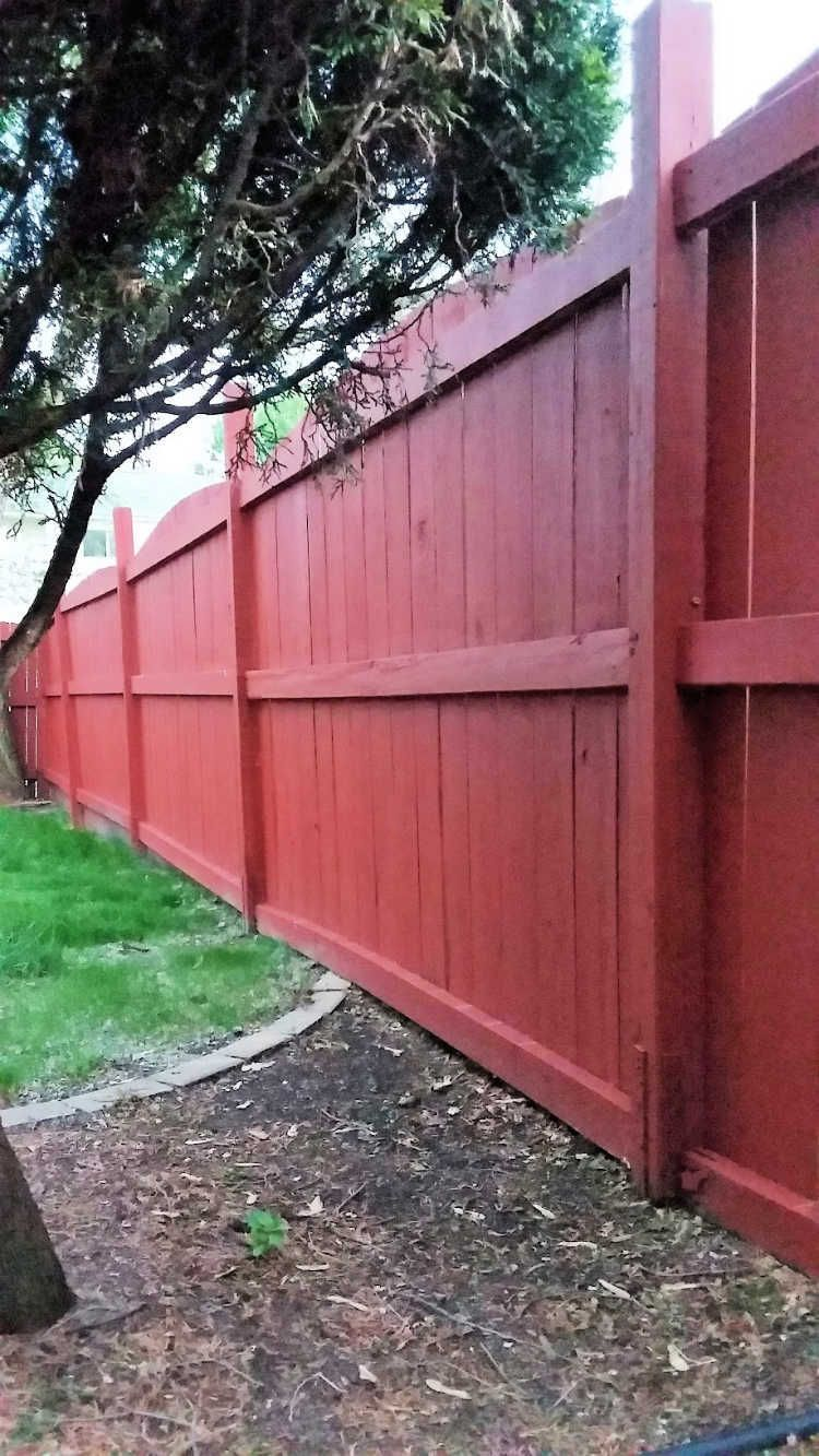 Fix A Leaning Fence Post The Easy Way In 2020 Wood Fence Backyard Fences Fence Paint