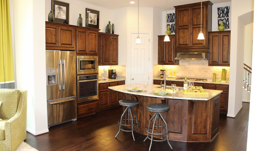 How to choose flooring that pliments cabinet color Burrows