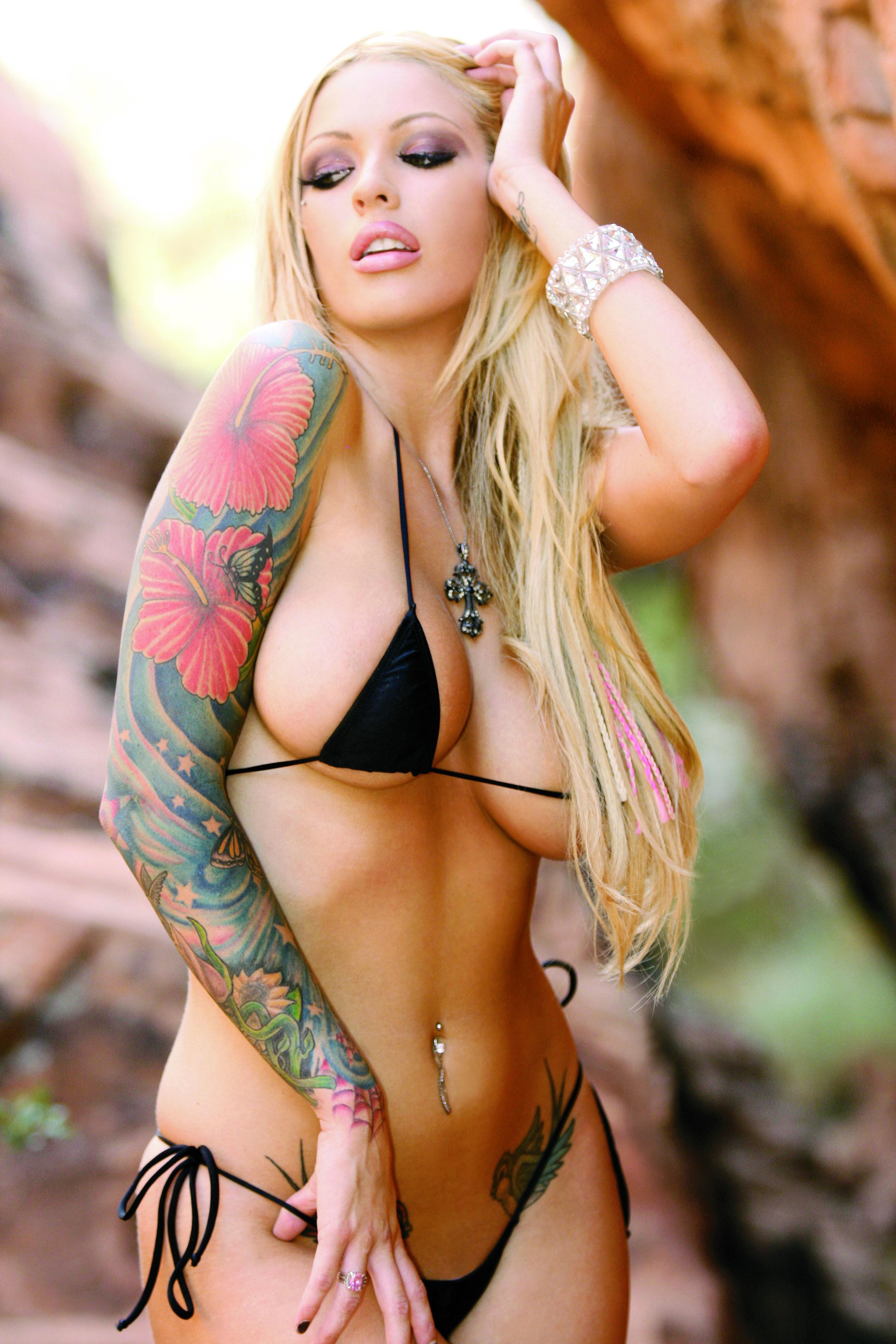 Black nude hot girls
