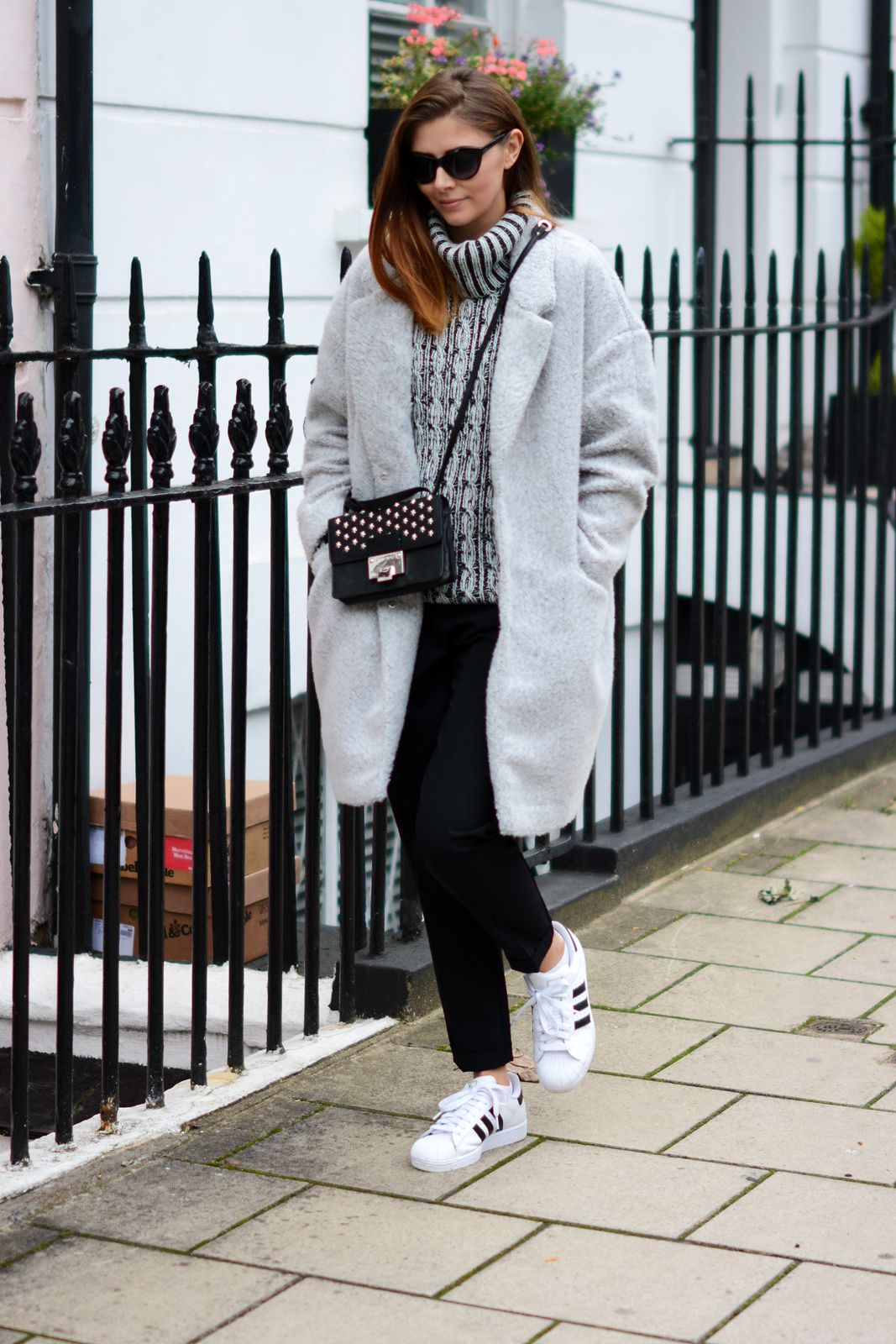gusto persecucion anfitriona  20 Ways to Wear Adidas Sneakers Like a Street Style Star | Adidas superstar  outfit, Adidas outfit, Superstar outfit