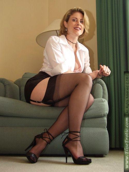 Mature legs pictures