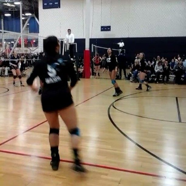 Volleycatselitevideoofthweek Tigerselite15s Taliah Scores Big In The Middle With A Huge Solo Block Elite Volleyball Volley