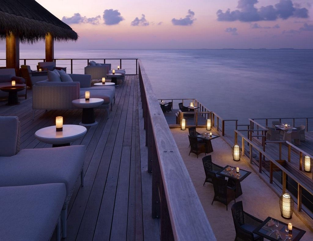 Sala Bar & Benjarong Royal Thai Restaurant  Dusit Thani Maldives