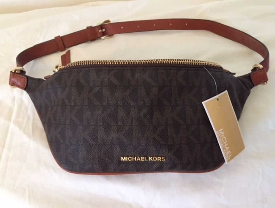42ec417896 NEW MICHAEL Michael Kors Rhea Zip-Top Belt Bag Fanny Pack w tags ! LOOK!   MichaelKors