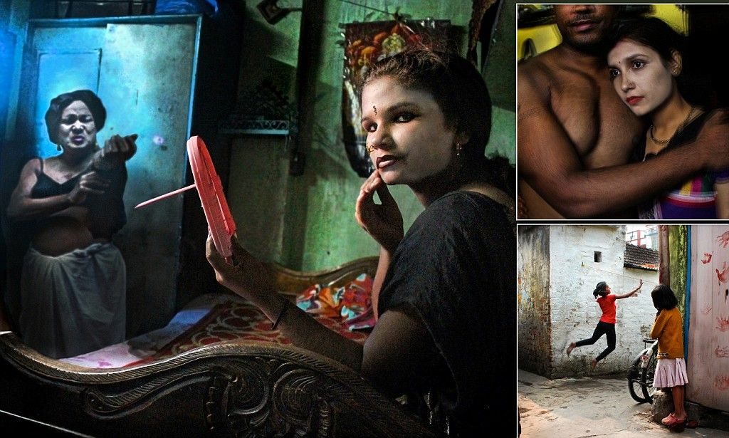 Photos of Calcutta's red-light district where girls work in sex trade
