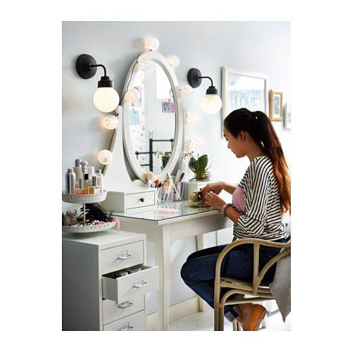 Hemnes Coiffeuse Avec Miroir Ikea 220 J Aime Bien L Idée De La