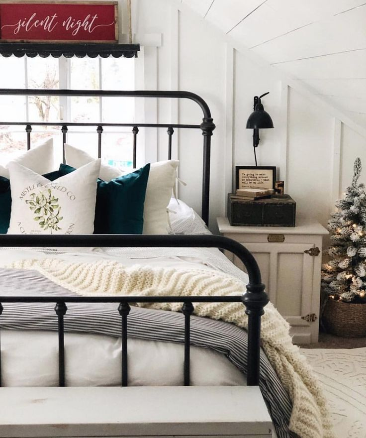Most current Pictures Wrought Iron headboard Ideas Most current Pictures Wrought Iron headboard Ideas Home designing together with wrought iron is just as robust currentl...