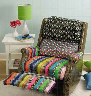 duct tape furniture. how absolutely cool is this duct tape recliner? great for a dorm room! furniture e