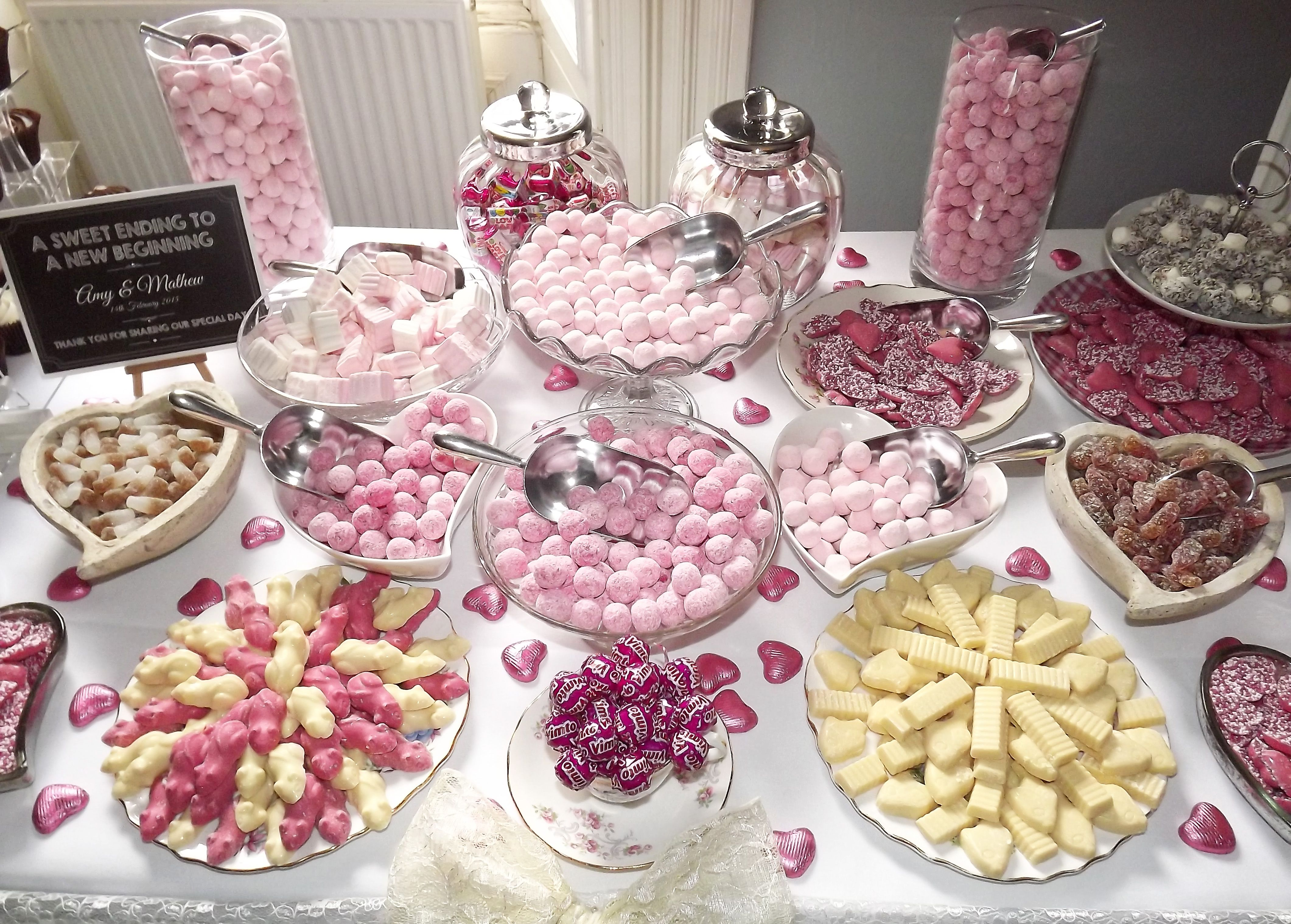 10 Off Your Bespoke Designed Candy Bar When You Book Today Table And Wedding Events