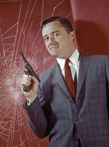 Robert Vaughn played the debonair crime-fighter of Passed away Nov.11, 2016 at 81