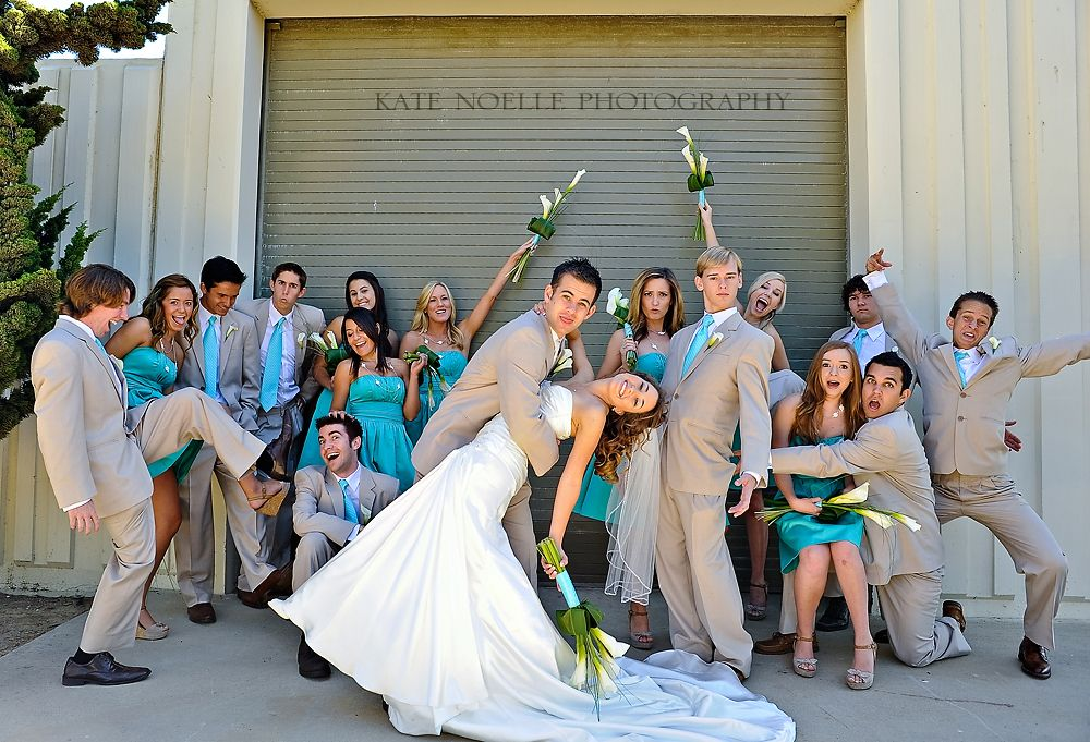 Wedding Party Picture Idea I Feel Like This Would Be My Photo Gong Show