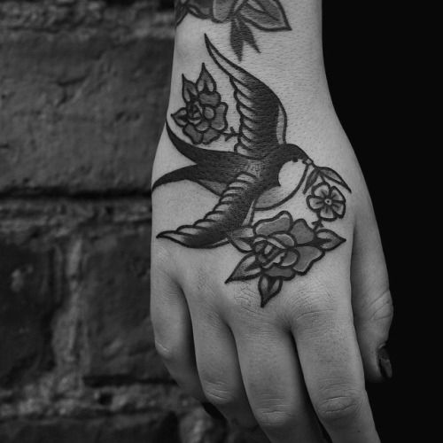 Black And White Tattoo Social Foot Tattoos Traditional Tattoo Traditional Hand Tattoo