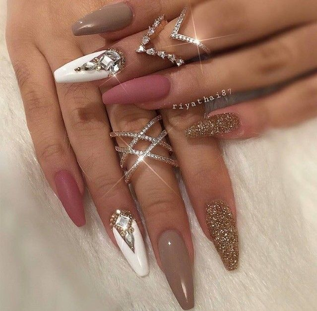 Winter nail designs are the best way to start the winter season properly!  Acrylic, gel or natural nails covered with polishes of different colors and  shades ... - Pin By Neetu Purewal On Nails Pinterest Makeup, Nail Nail And