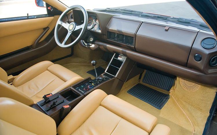 `Ferrari Testarossa Interior | 1003 02 z+1990 ferrari testarossa+interior view
