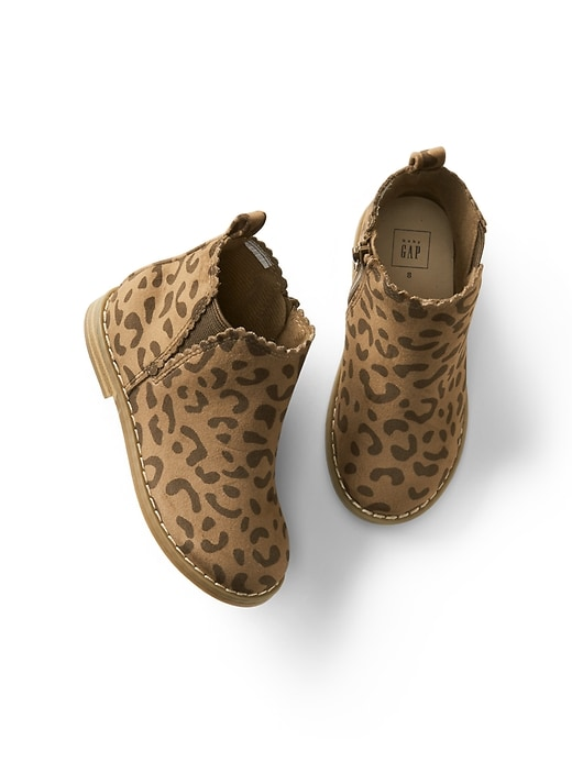 a7d3f77b5b43 Gap Baby Leopard Scallop Booties Leopard Size | Products | Baby ...