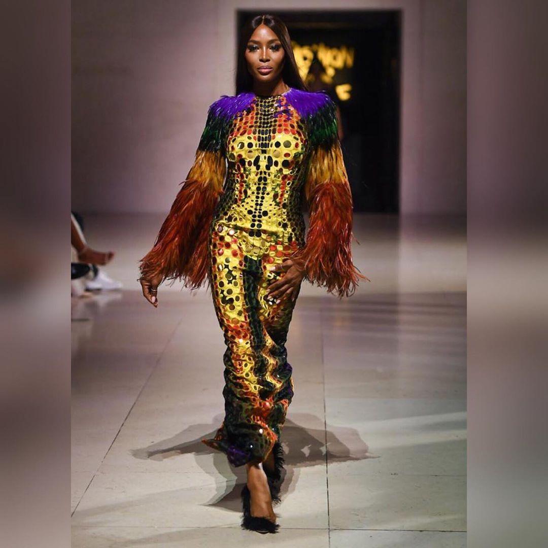Наоми Кэмпбелл в платье Jean Paul Gaultier