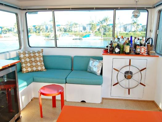 Tracy Metro S Houseboat Redesign Boat House Interior Houseboat Kitchen House Boat
