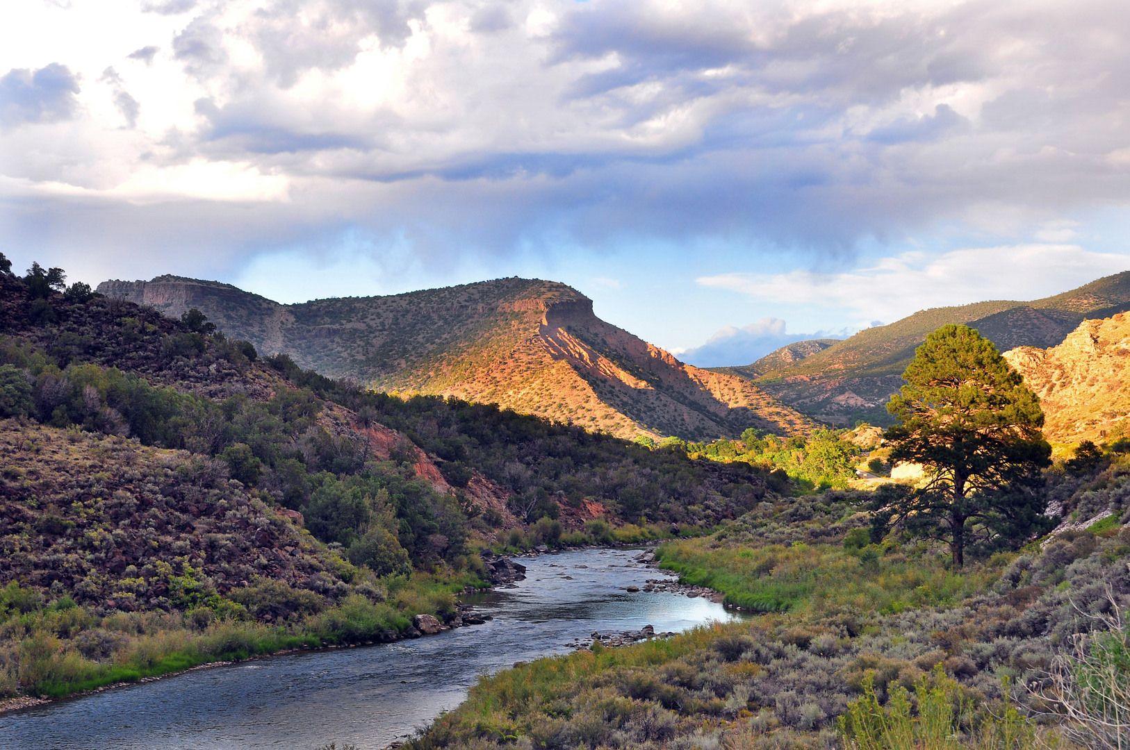 rio grande, new mexico   Rio Grande by Richard Susanto in New Mexico on Fotopedia - Images for ...