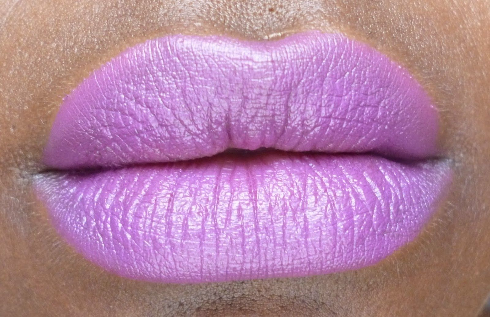 Peroxide Junkie: The Junkie Buys Heroine - Lipstick review