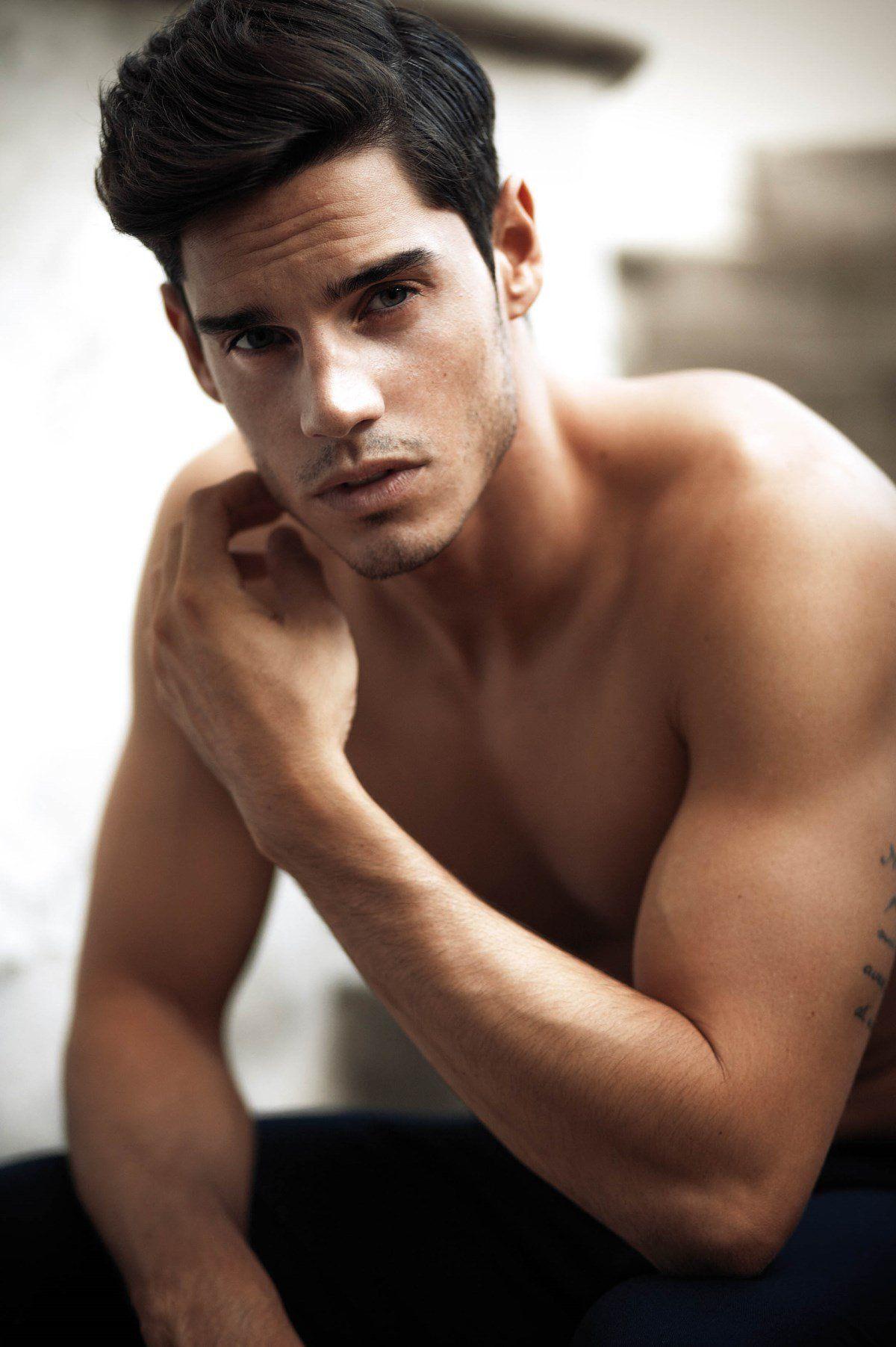 этот раз красивые итальянские мужчины фото кто вложил это