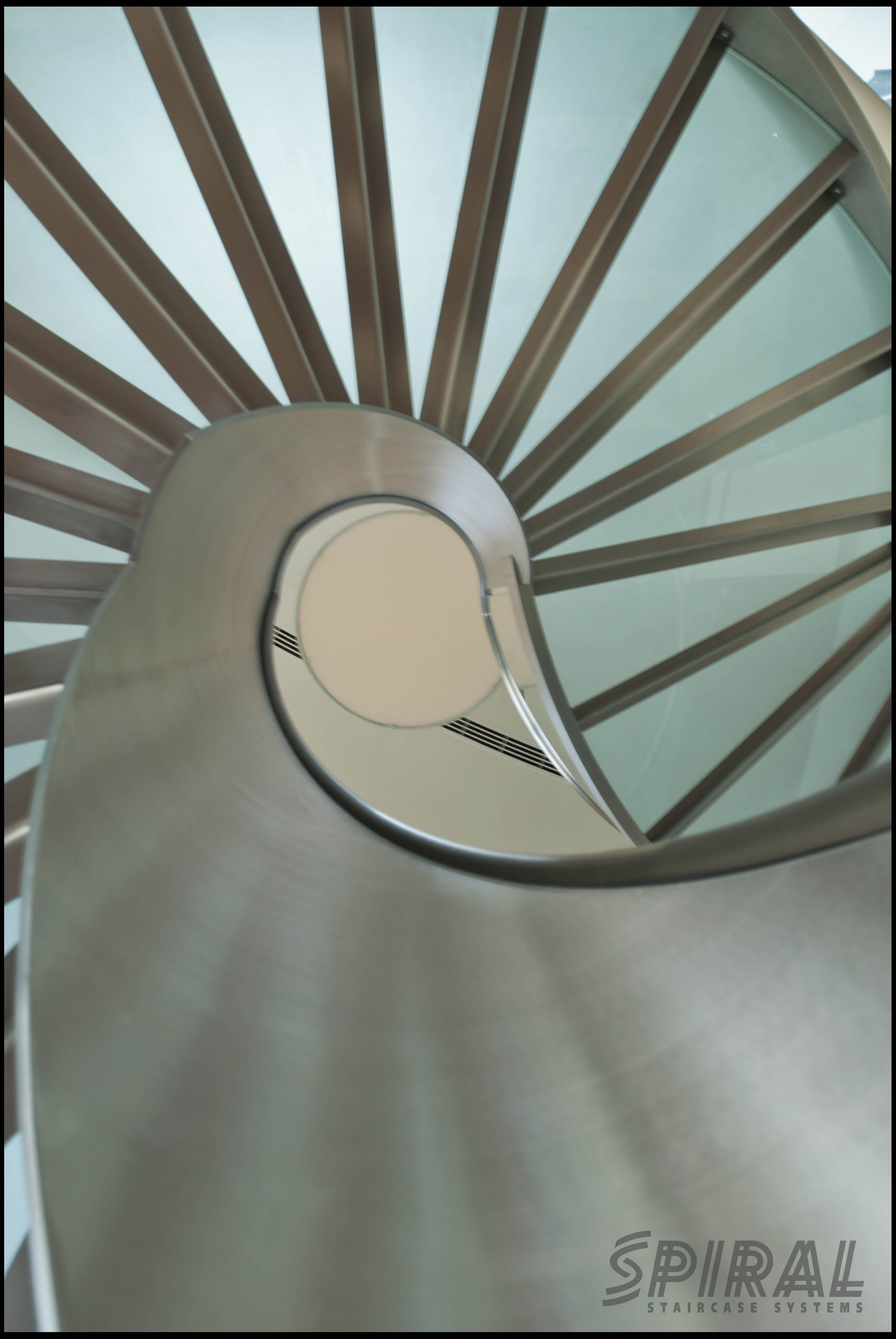 Best Helical Stair With Full Height Inner Stringer Stairs 640 x 480