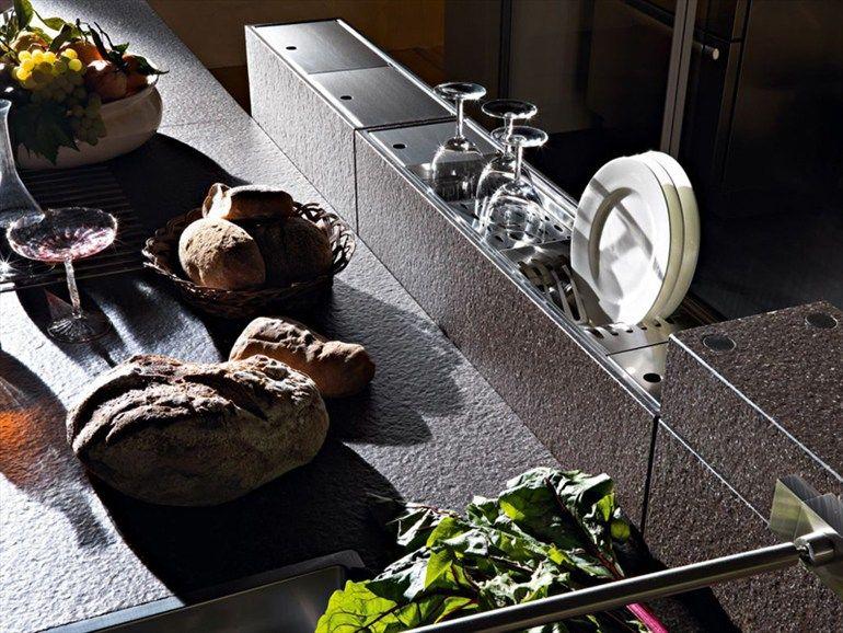 Wooden fitted kitchen ARTEMATICA WOOD - VALCUCINE: ARTEMATICA | Noce Tattile