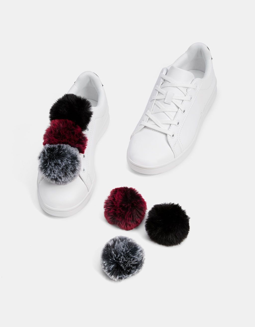 Zapatilla pompones pelo en 2020   Zapatos con pompones