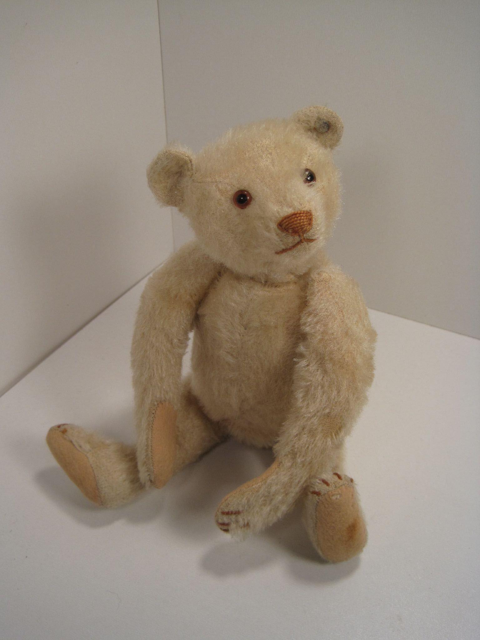 Steiff S Irresistible Late 1920 S Era Small White Teddy Bear With Id Teddy Bear Toys Teddy Bear White Teddy Bear [ 2048 x 1536 Pixel ]