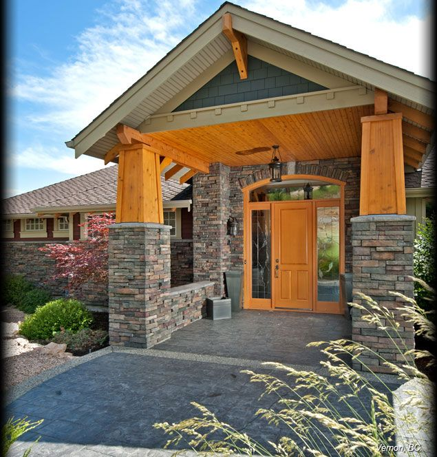 Cultured Stone Suede Drystack Ledgestone Residential Exterior Entrance Columns Project View