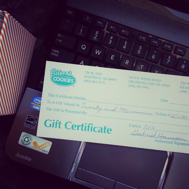 Eileen's Cookie Giveaway Winner!