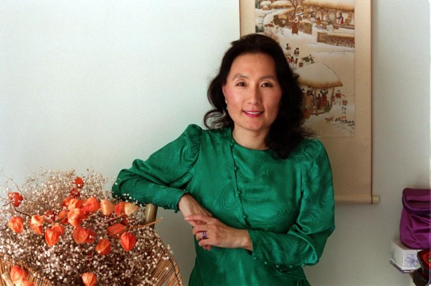 K Connie Kang Pioneering Korean American Journalist Dies At 76 Korean American American Asian American