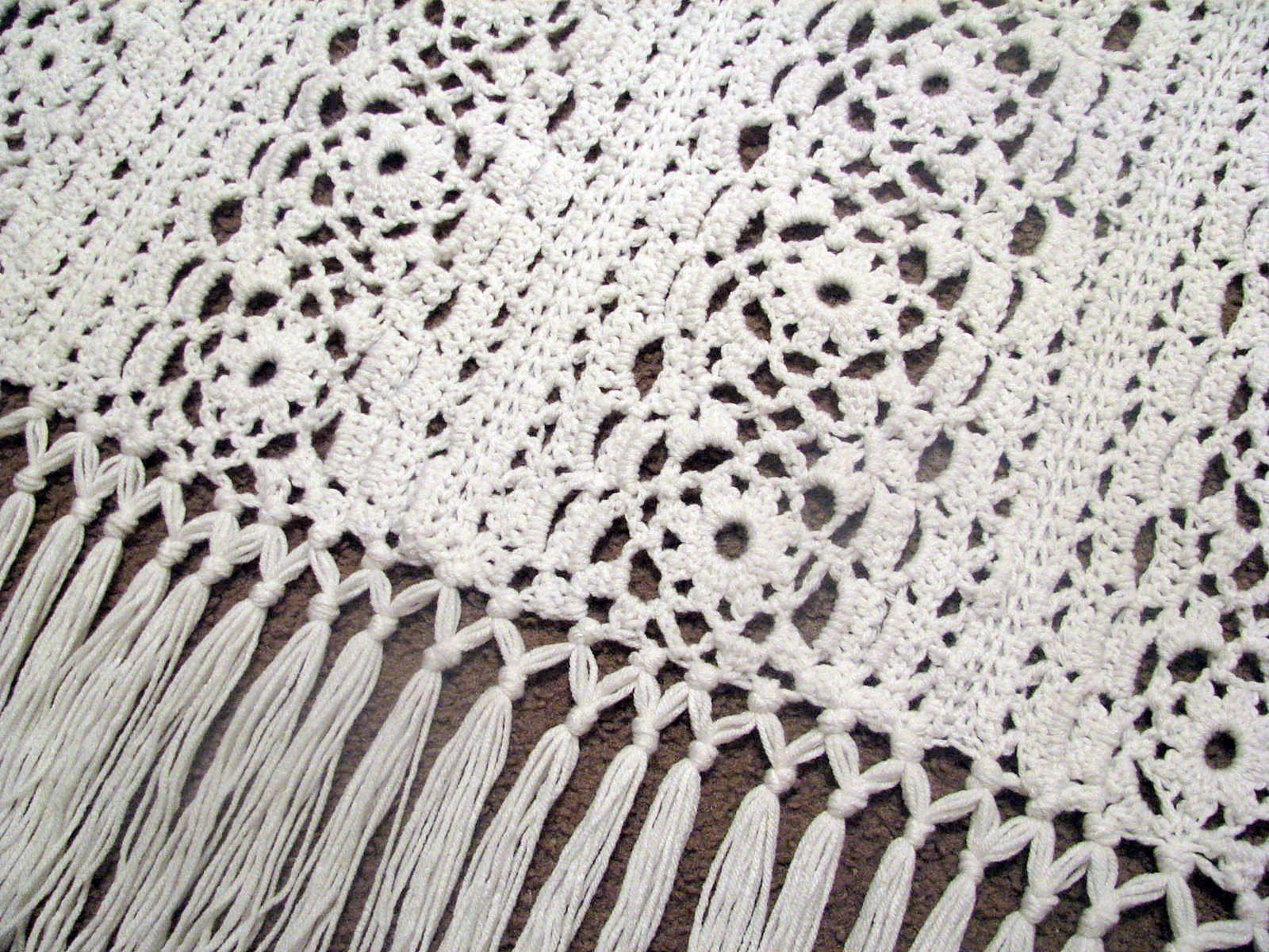 Irish Lace Blanket pattern by Patons | Crochet | Pinterest ...