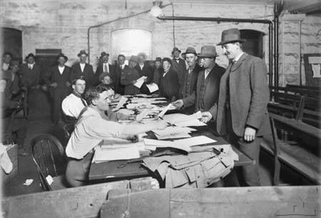 Military recruitment in Melbourne Australia 1914.