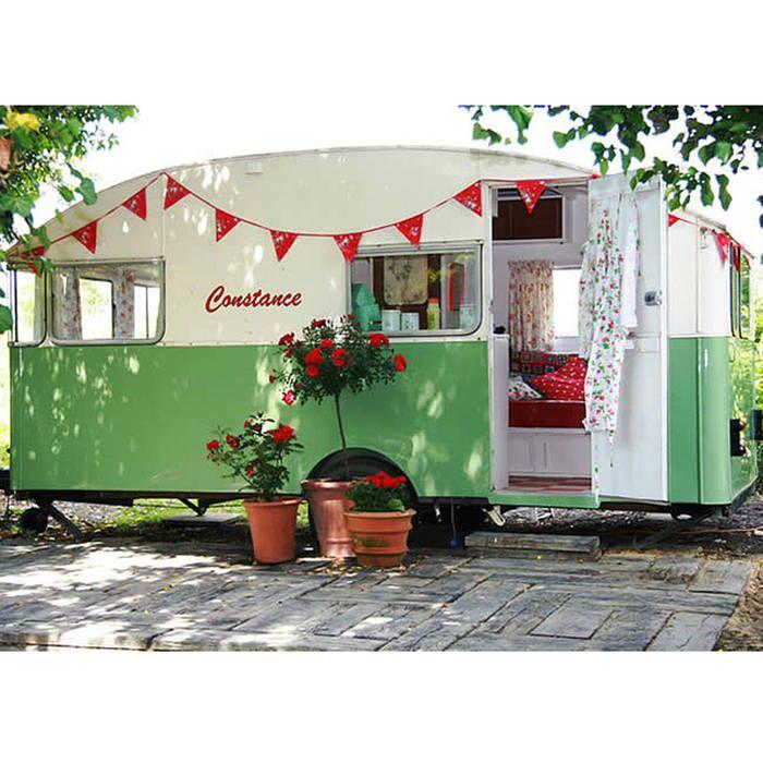 Relooker la caravane - Aménager son jardin façon glamping - Elle ...