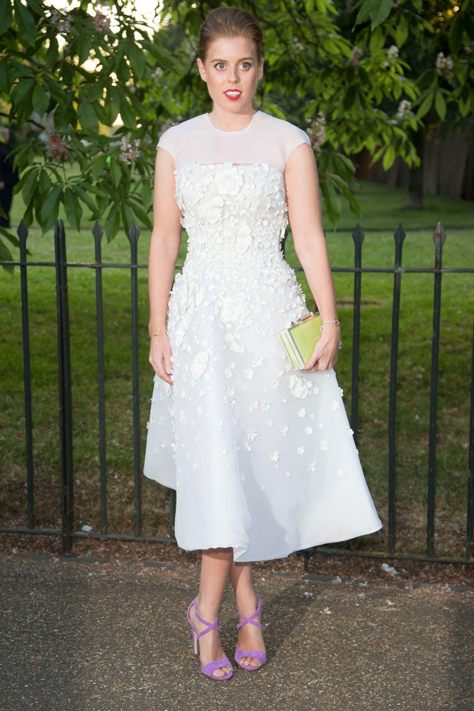 How To Dress Like Princess Beatrice And Princess Eugenie