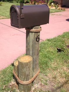 Lakefront Mailbox Ideas Google Search Diy Mailbox Mailbox Post Wooden Mailbox