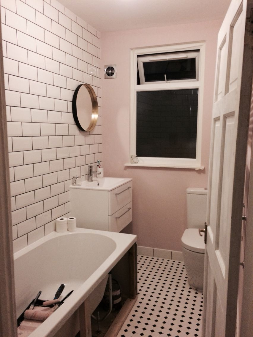 I Have A Pretty Pink Bathroom Farrow And Ball Calamine Pink